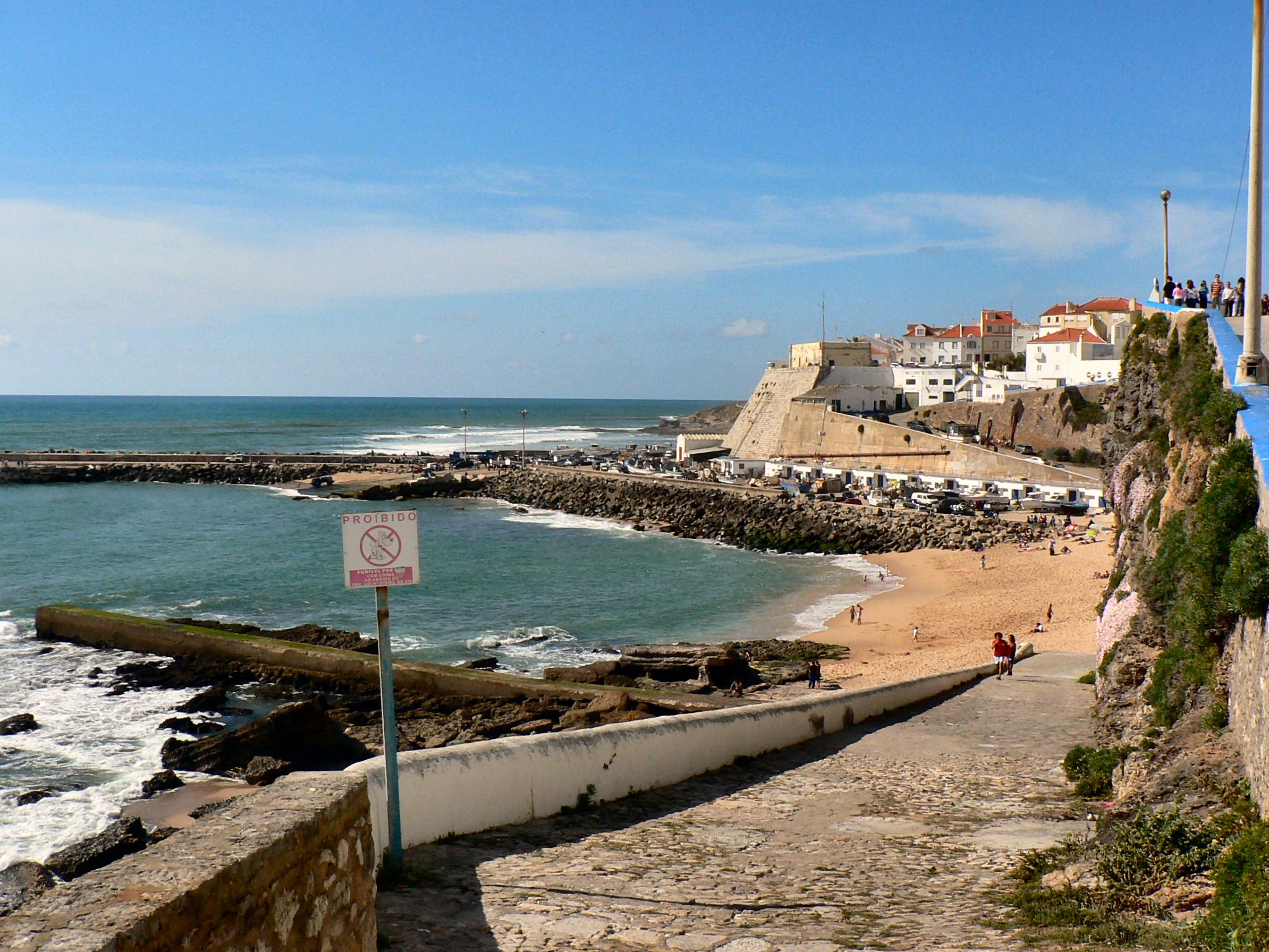 File:Ericeira - Praia dos pescadores.JPG