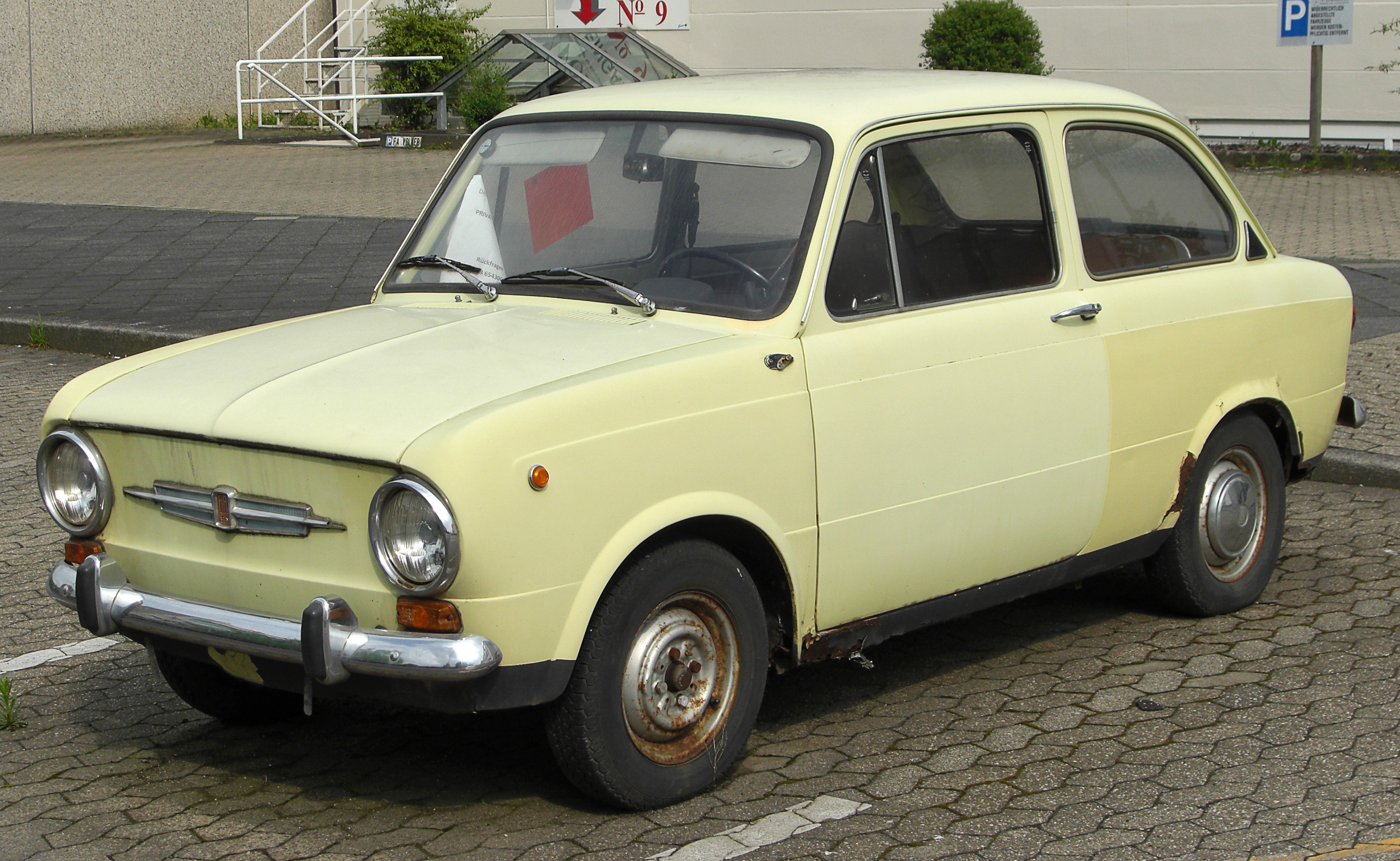 File Fiat 850 Front 20100508 Jpg Wikimedia Commons