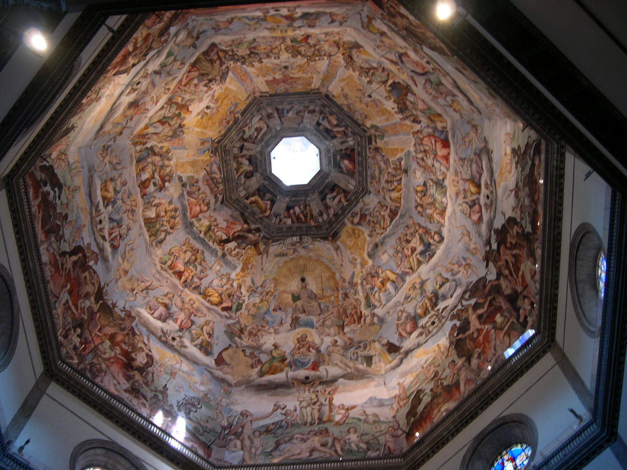 http://upload.wikimedia.org/wikipedia/commons/2/2e/Florence_Dome.JPG