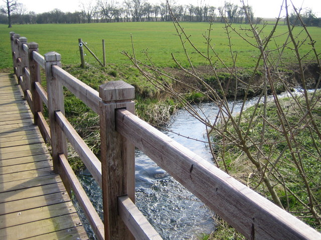 Footbridge over River Tove - geograph.org.uk - 389840