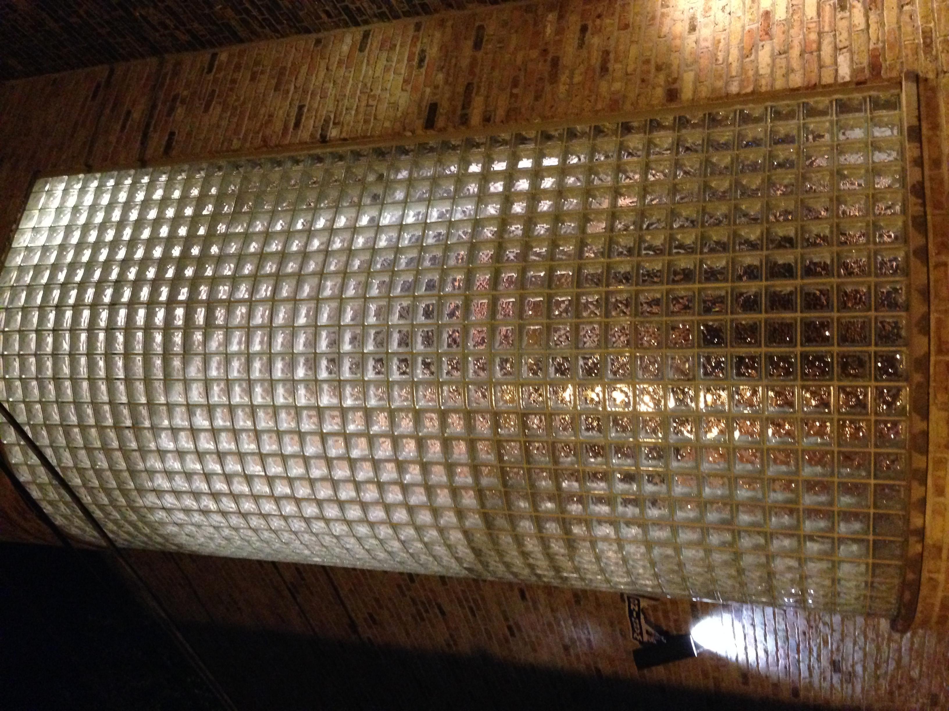 Glazed Cinder Blocks : File glass block wall g wikimedia commons