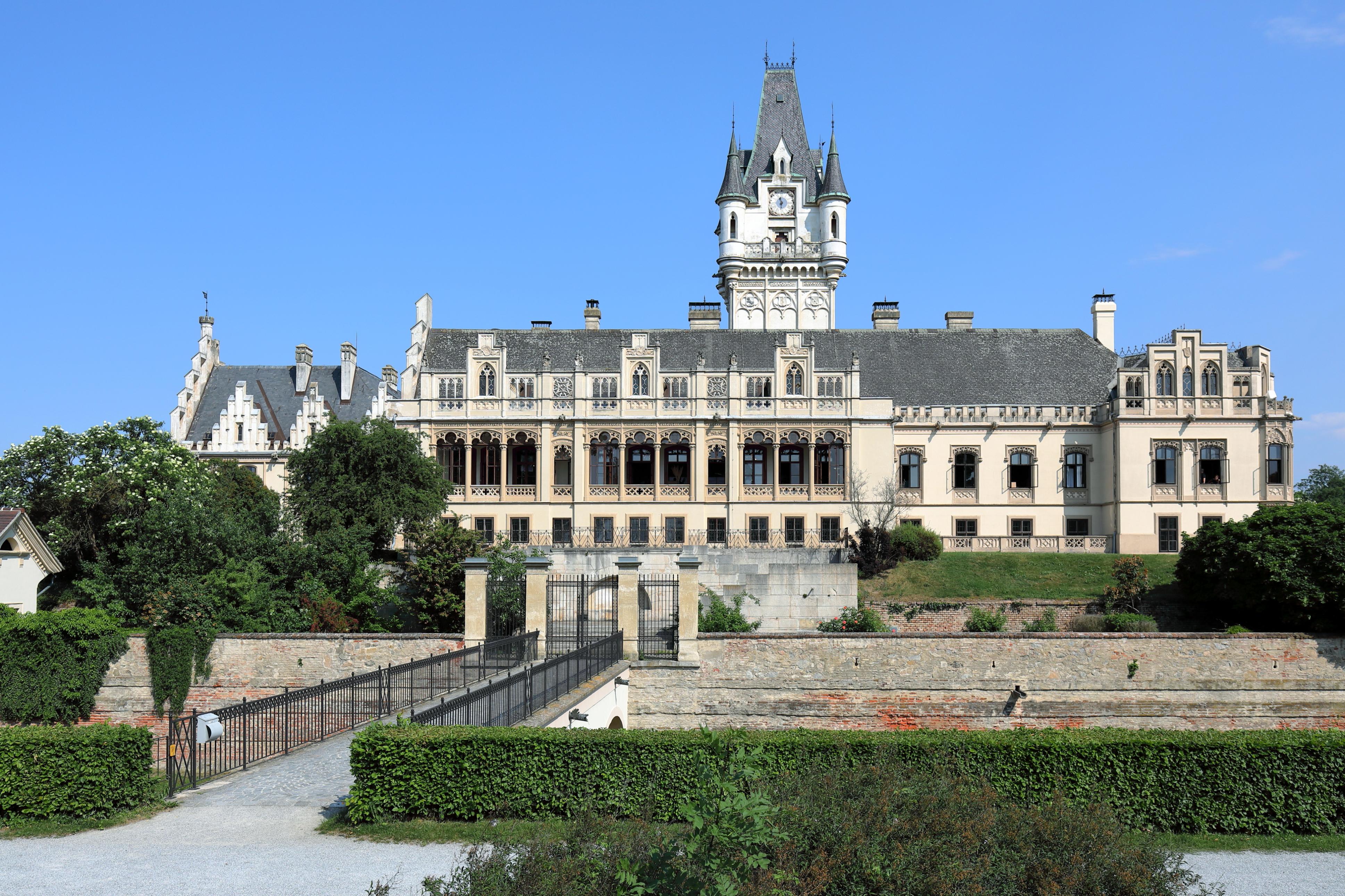 Datei:067 Schloss Grafenegg, Liezen - autogenitrening.com - Wikipedia