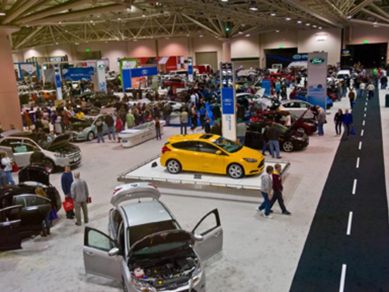 FileGreater Minneapolis And Saint Paul International Auto Show - Minneapolis car show