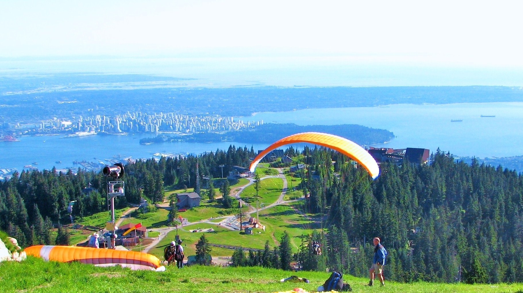 Grouse Mountain, North Vancouver, BC, Canada - panoramio.jpg
