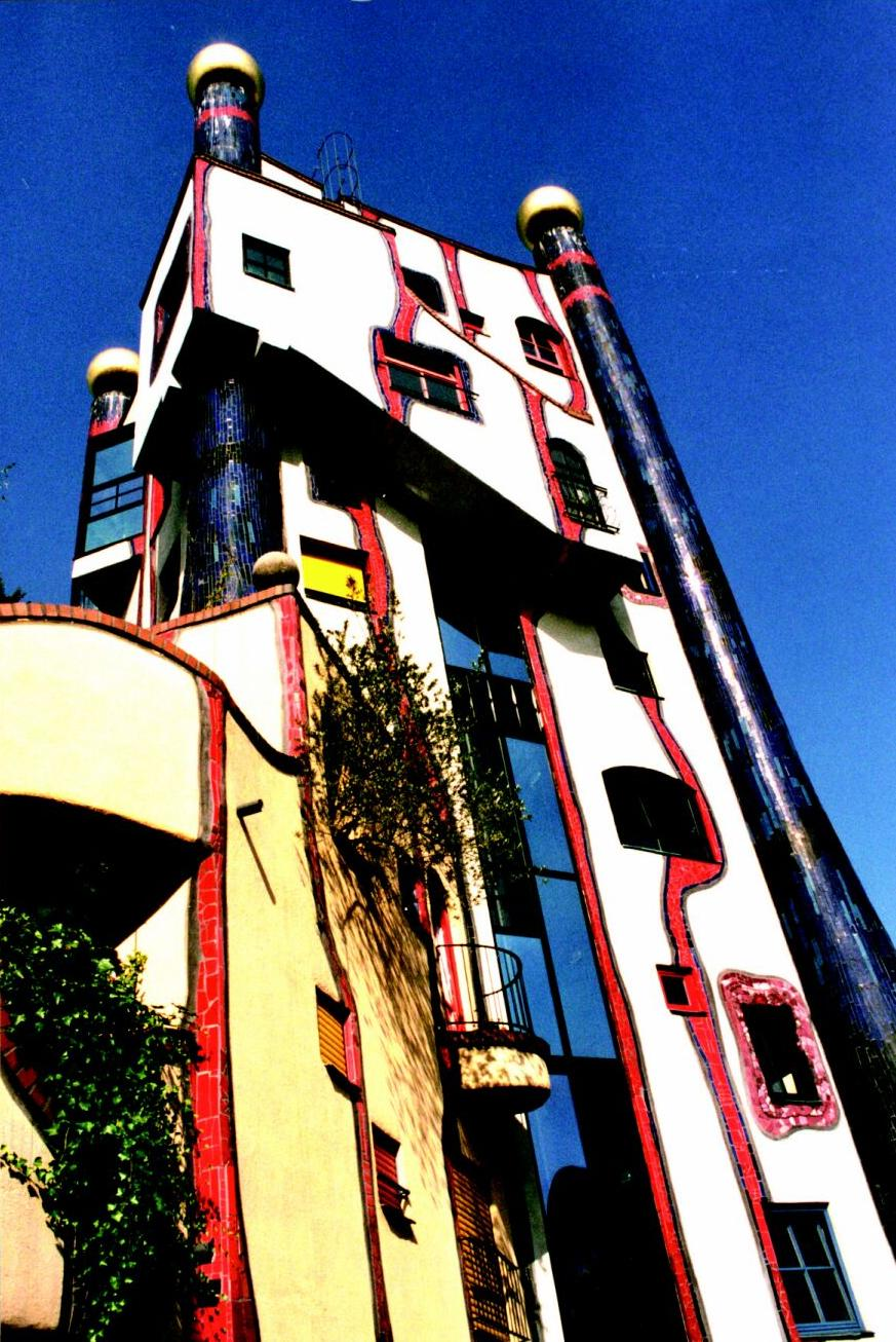 A painting and hundertwasser sanity kills for Architecture hundertwasser