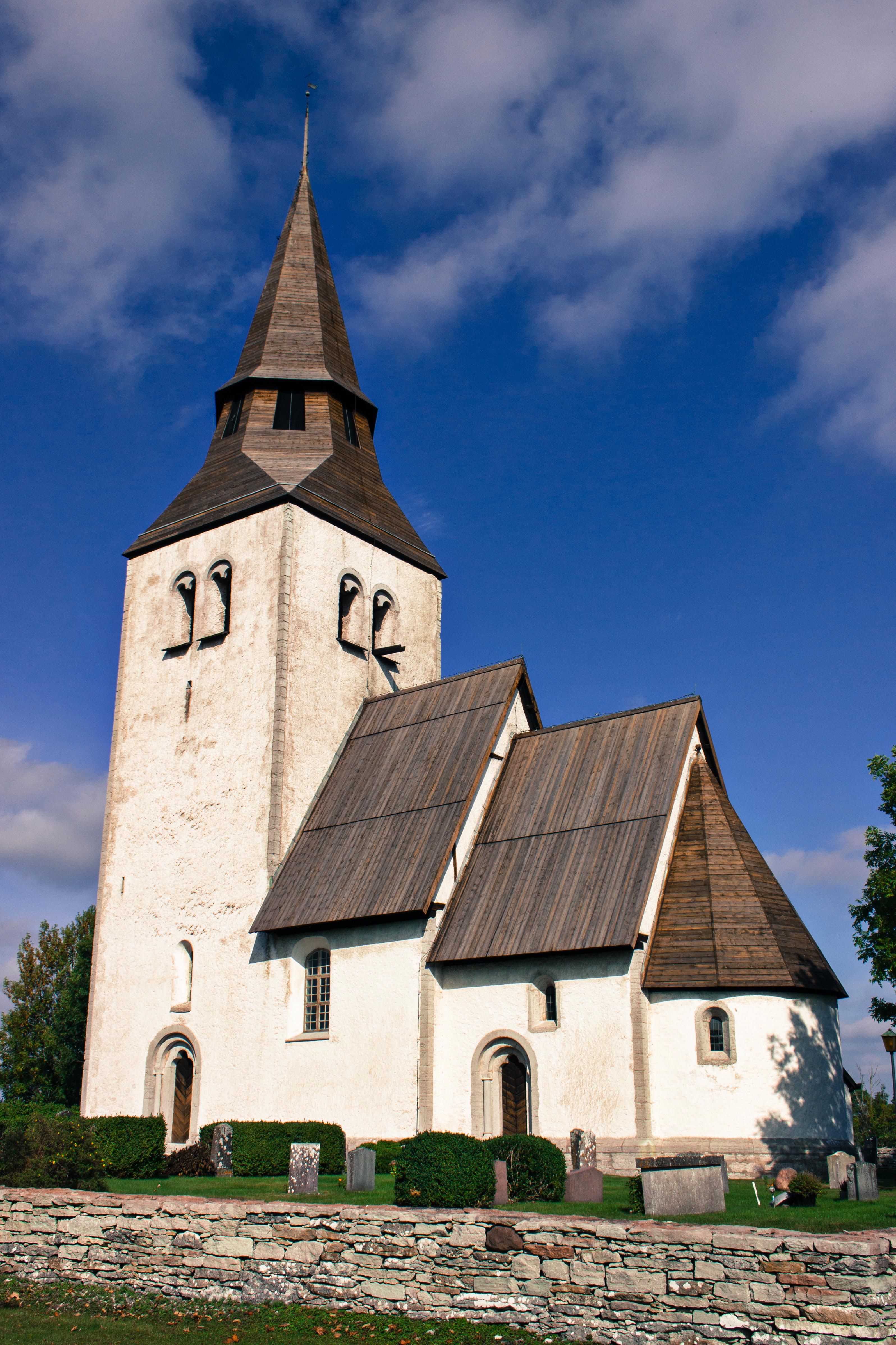 Bild av Anga kyrka