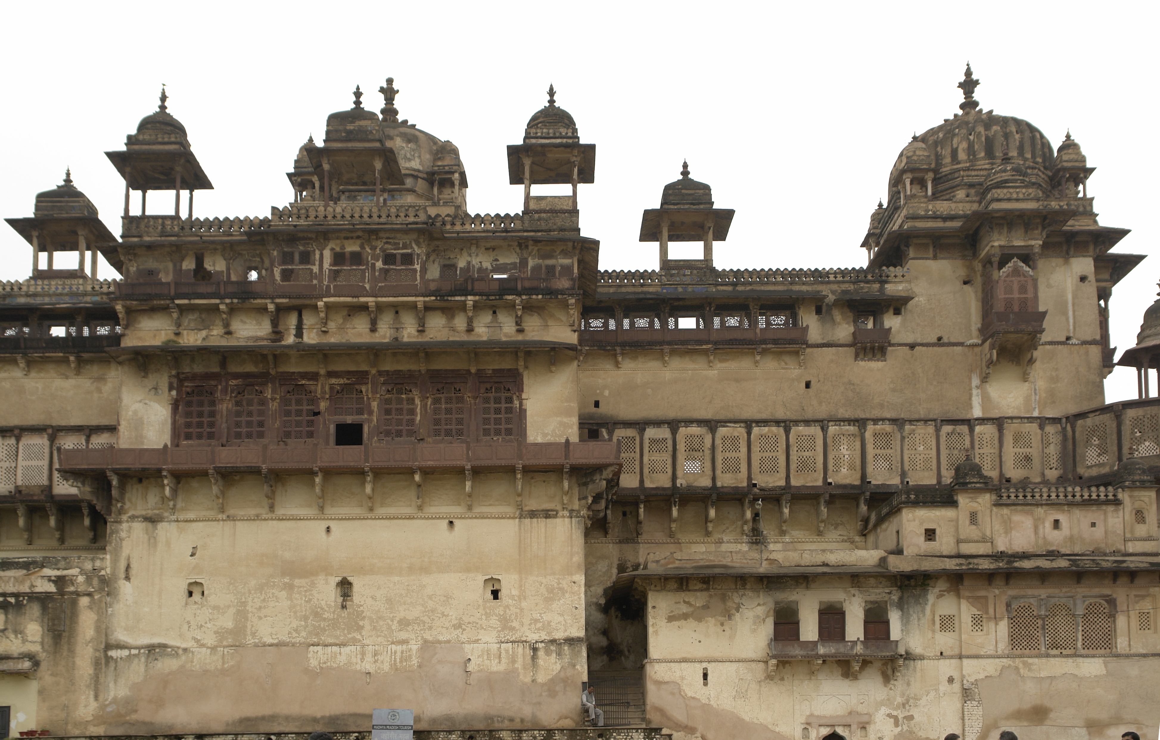 Orchha India  City new picture : Jahangir Mahal, Orchha, MP, India Wikimedia Commons