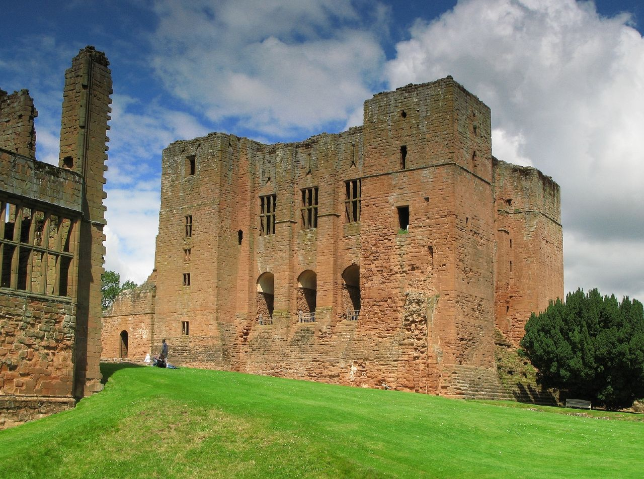 Kenilworth Castle - Wikipedia, the free encyclopedialolitas castle