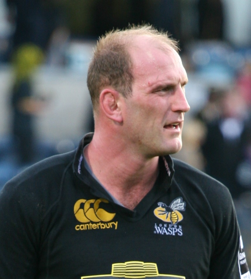 http://upload.wikimedia.org/wikipedia/commons/2/2e/Lawrence_Dallaglio_2006.jpg