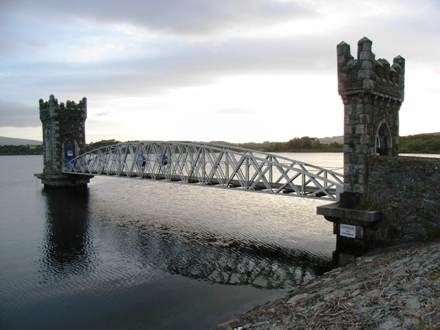 Lower Vartry Reservoir Draw-Off Tower - geograph.org.uk - 1418193