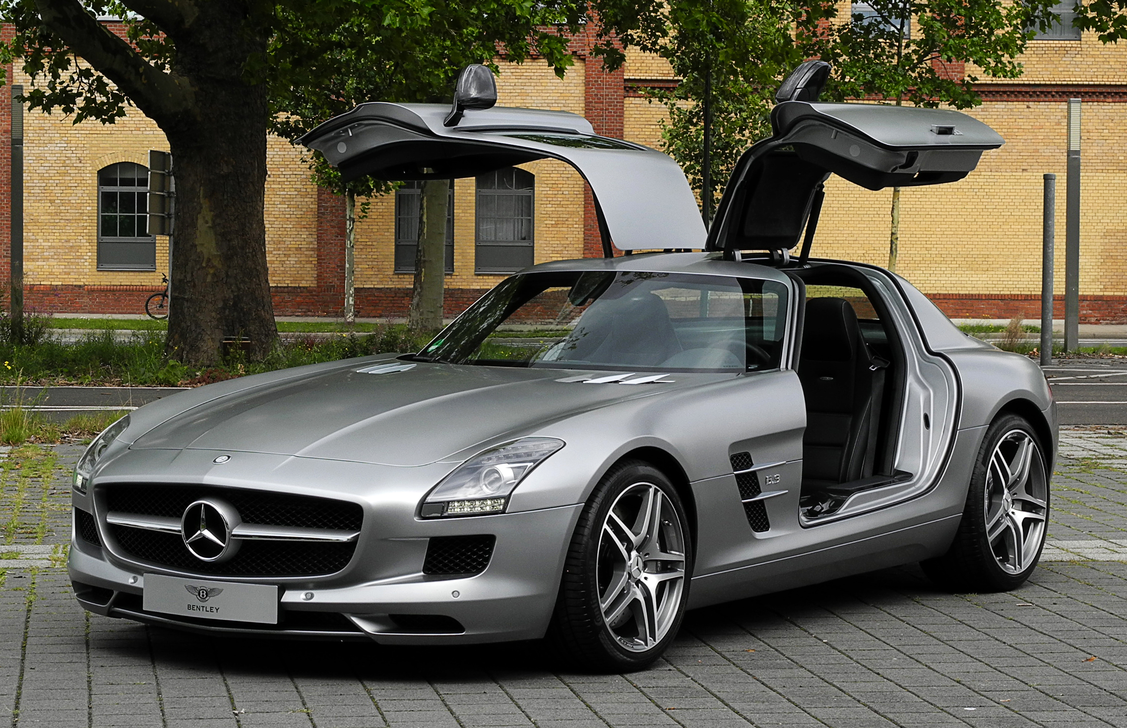 file mercedes benz sls amg c 197 frontansicht ge ffnet. Black Bedroom Furniture Sets. Home Design Ideas