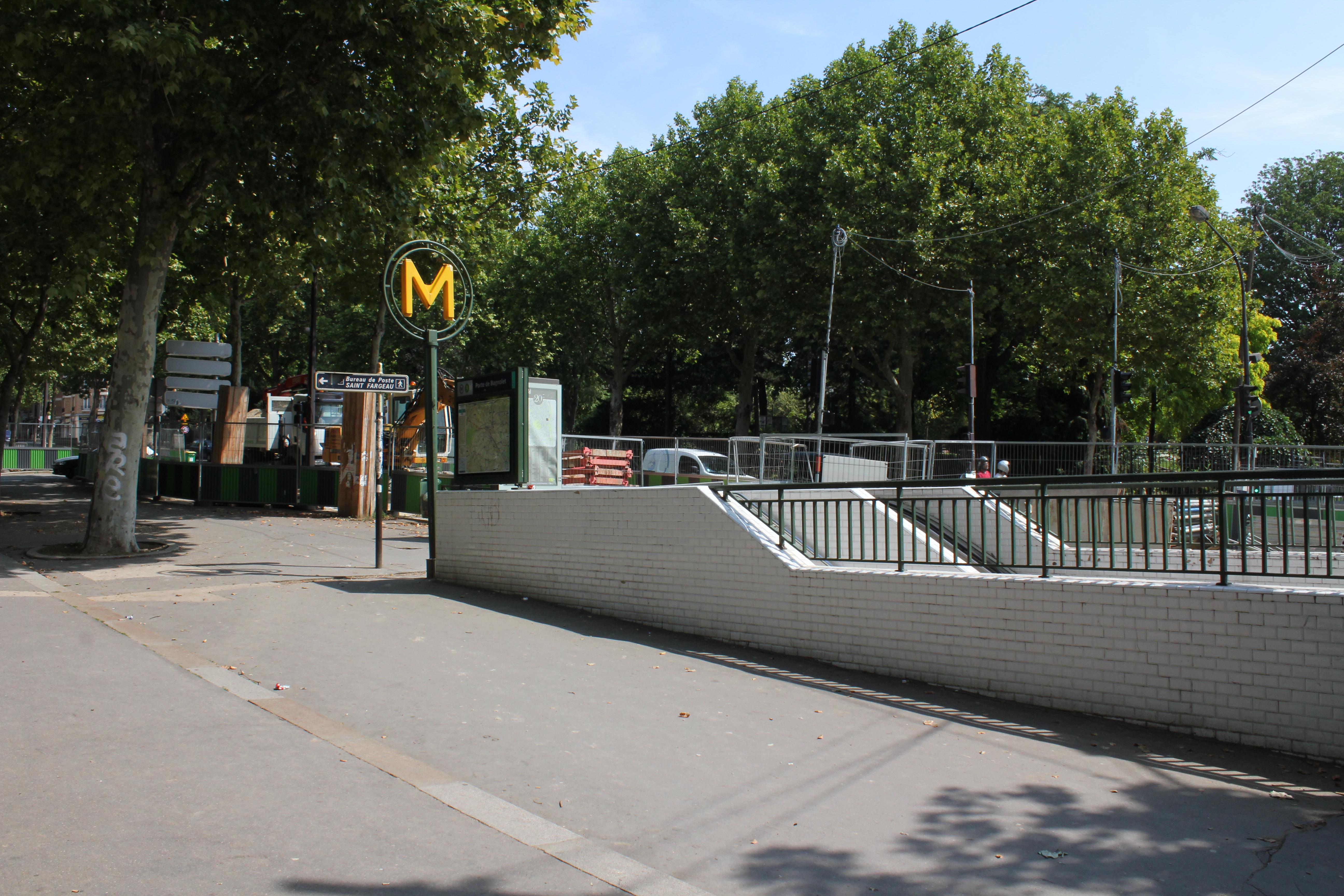 file metro de ligne 3 porte de bagnolet 04 jpg wikimedia commons