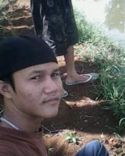 Файл:Muslim man from Indonesia.jpg