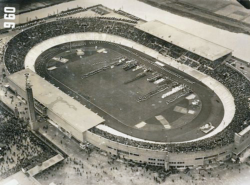 http://upload.wikimedia.org/wikipedia/commons/2/2e/Olympic_Stadium_Amsterdam_1928.jpg