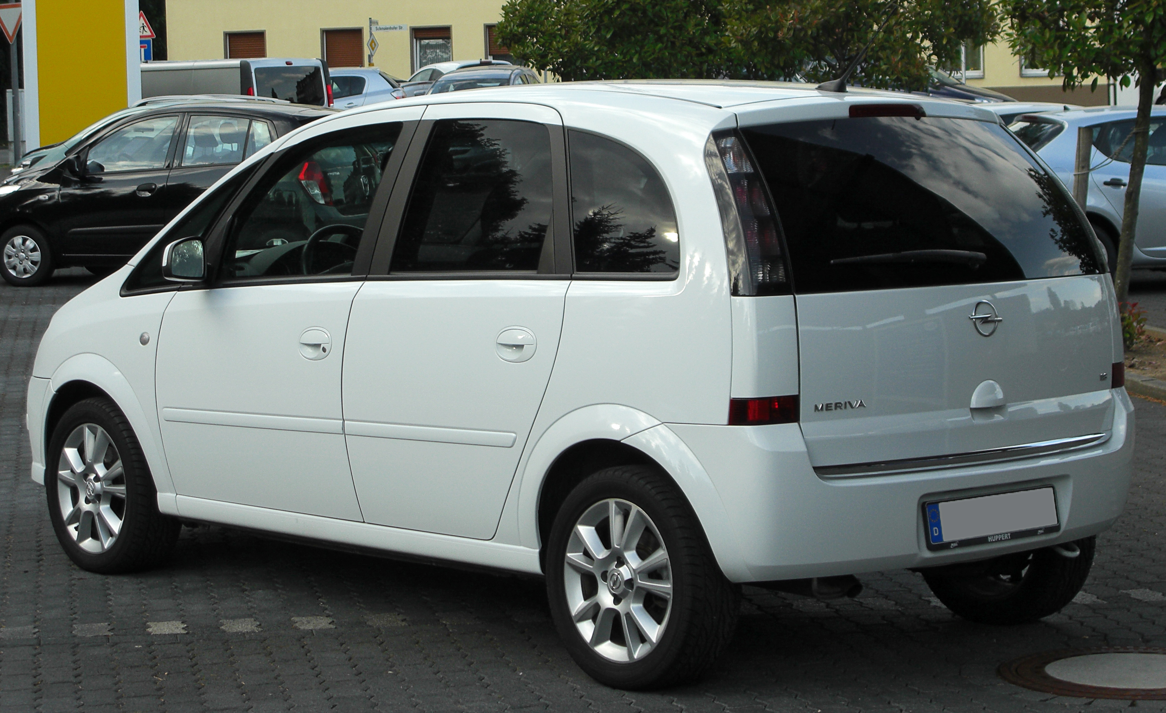 file opel meriva a 1 8 cosmo facelift rear 1 wikimedia commons. Black Bedroom Furniture Sets. Home Design Ideas