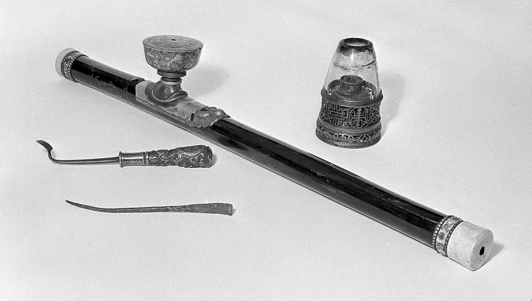 File:Opium pipe Wellcome L0007579.jpg - Wikimedia Commons