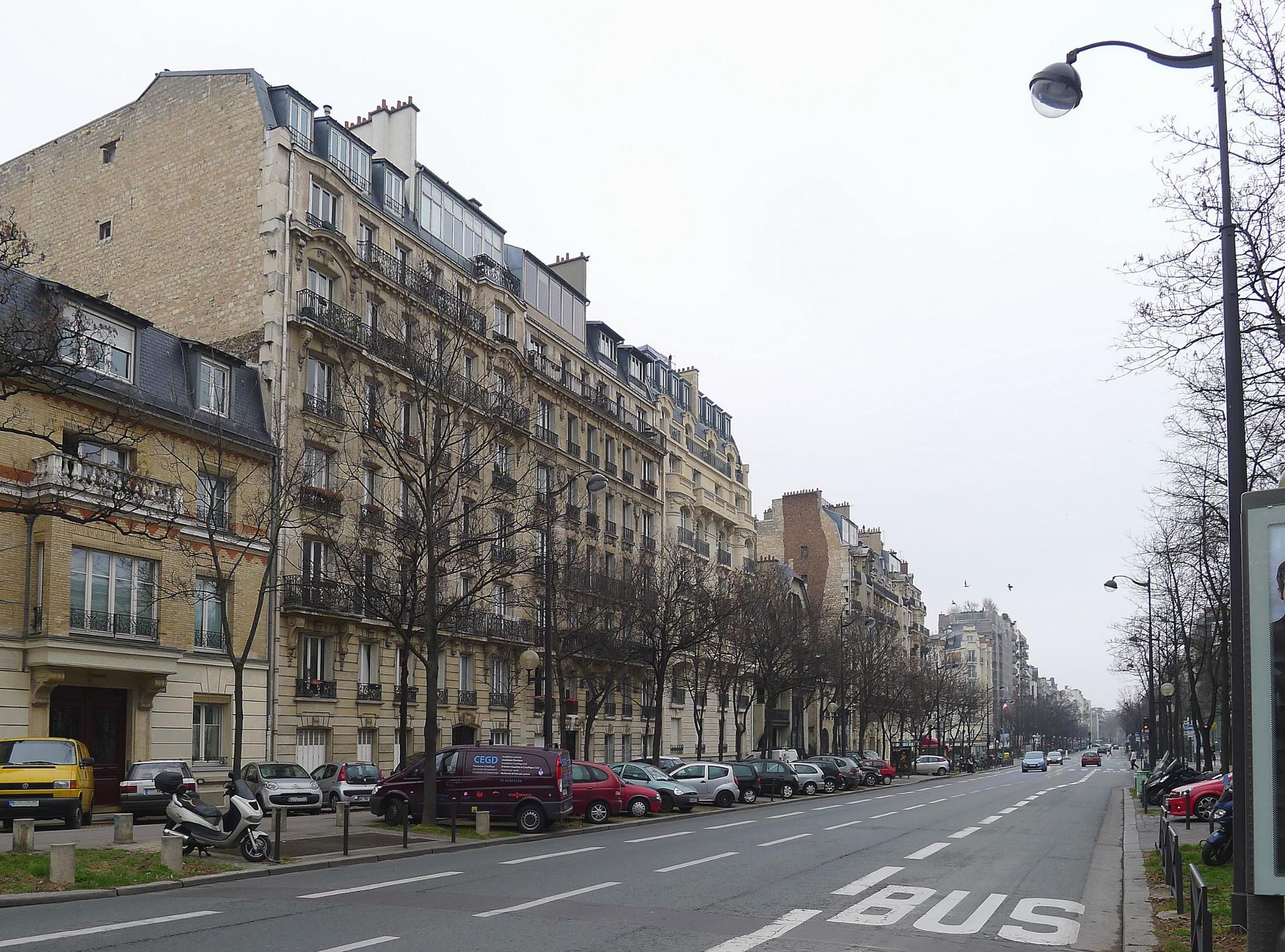 file p1090091 paris xiv boulevard raspail rwk jpg wikimedia commons. Black Bedroom Furniture Sets. Home Design Ideas