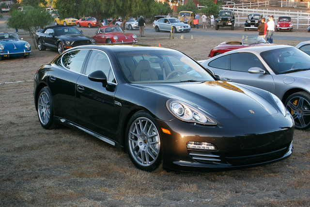 Porsche Panamera Black