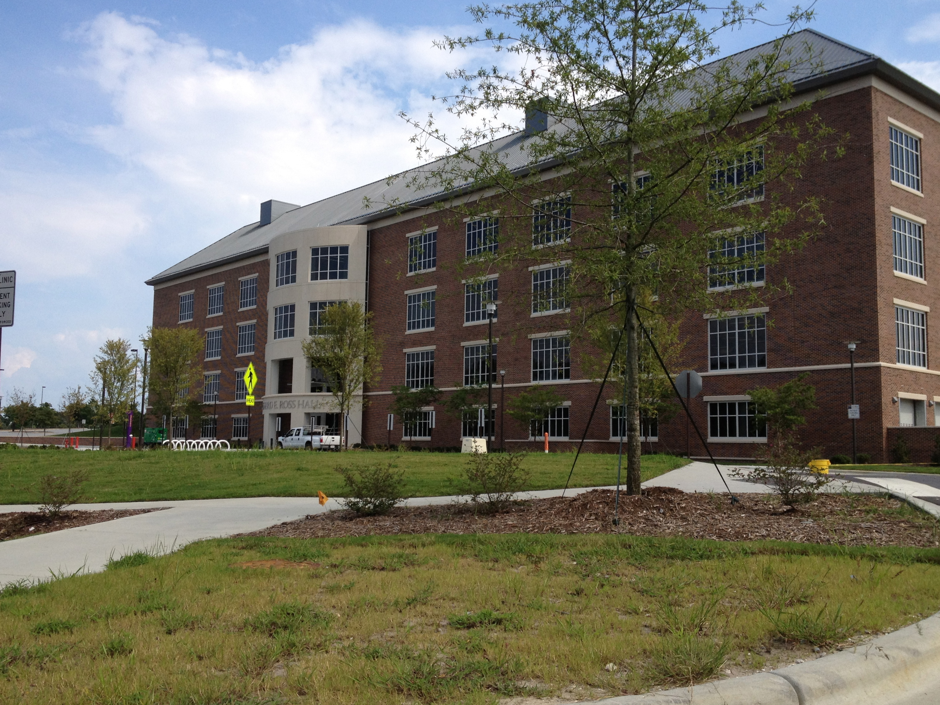 creative writing colleges in north carolina North carolina's largest creative writing school, which is located in wilmington, is university of north carolina-wilmington in 2009, a reported 48 students graduated with a creative.