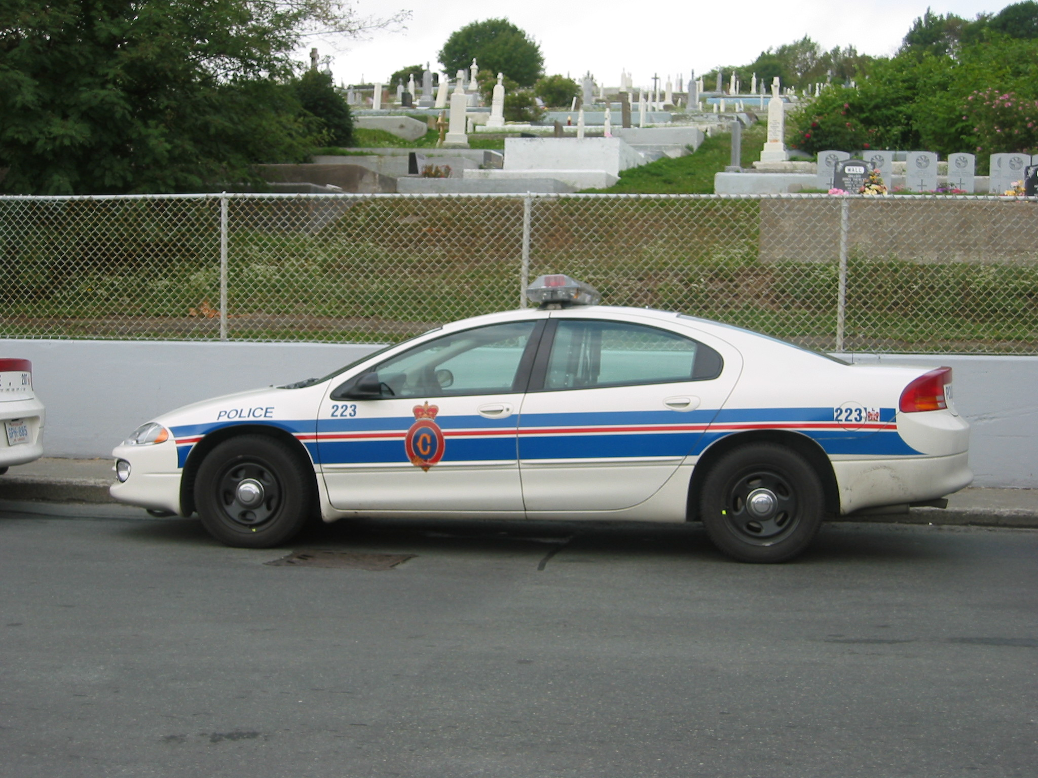 File:Royal Newfoundland Constabulatory Dodge Intrepid police car.jpg