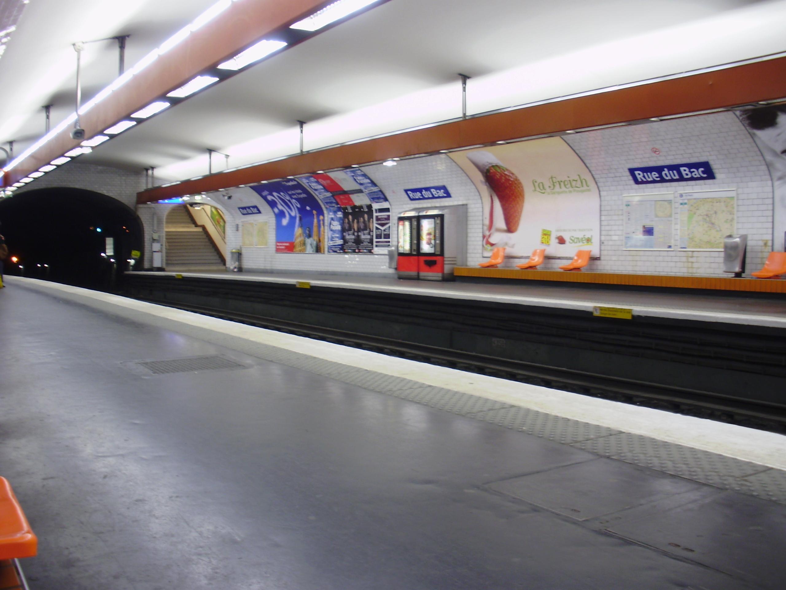Rue du Bac (stanice metra v Paříži)