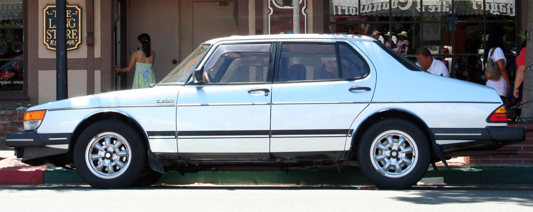 File Saab 900 Turbo Sedan Jpg Wikimedia Commons