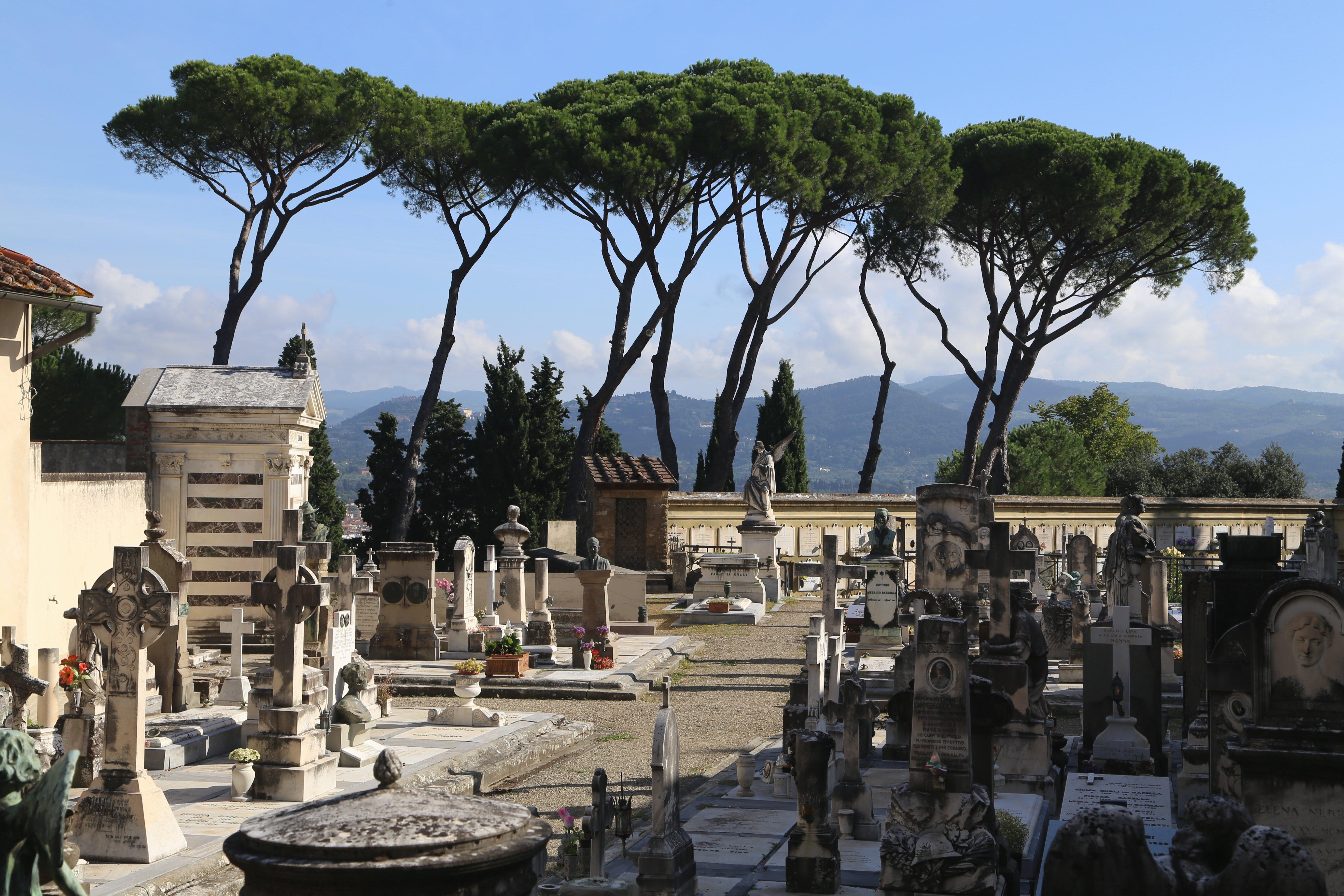 San Miniato al Monte, Cimitero delle Porte Sante, Firenze