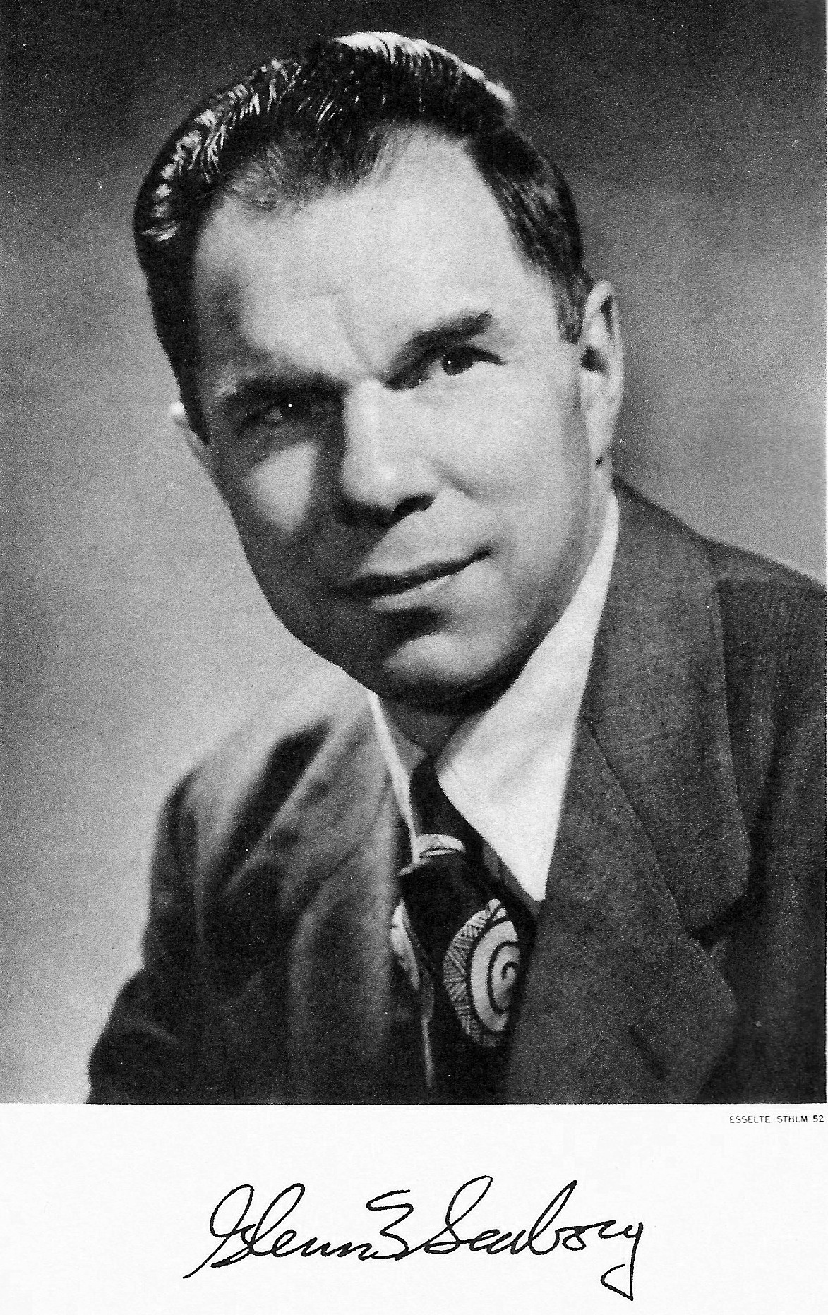 glenn t seaborg and the discovery of plutonium Dr glenn seaborg in old plutonium laboratory seaborg and his colleagues made a discovery which opened important technical glenn t seaborg was born in.