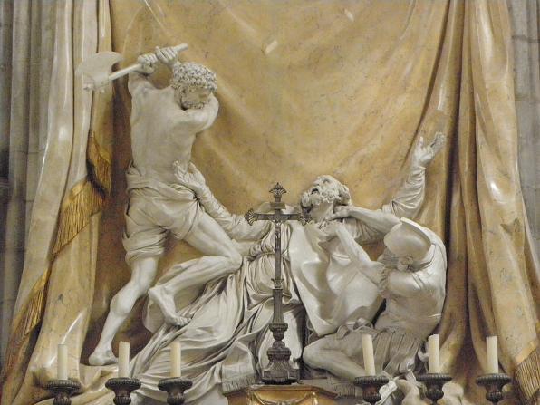 Halshoggingen av Sabinian med øks. Skulptur i katedralen Saint-Étienne i Sens