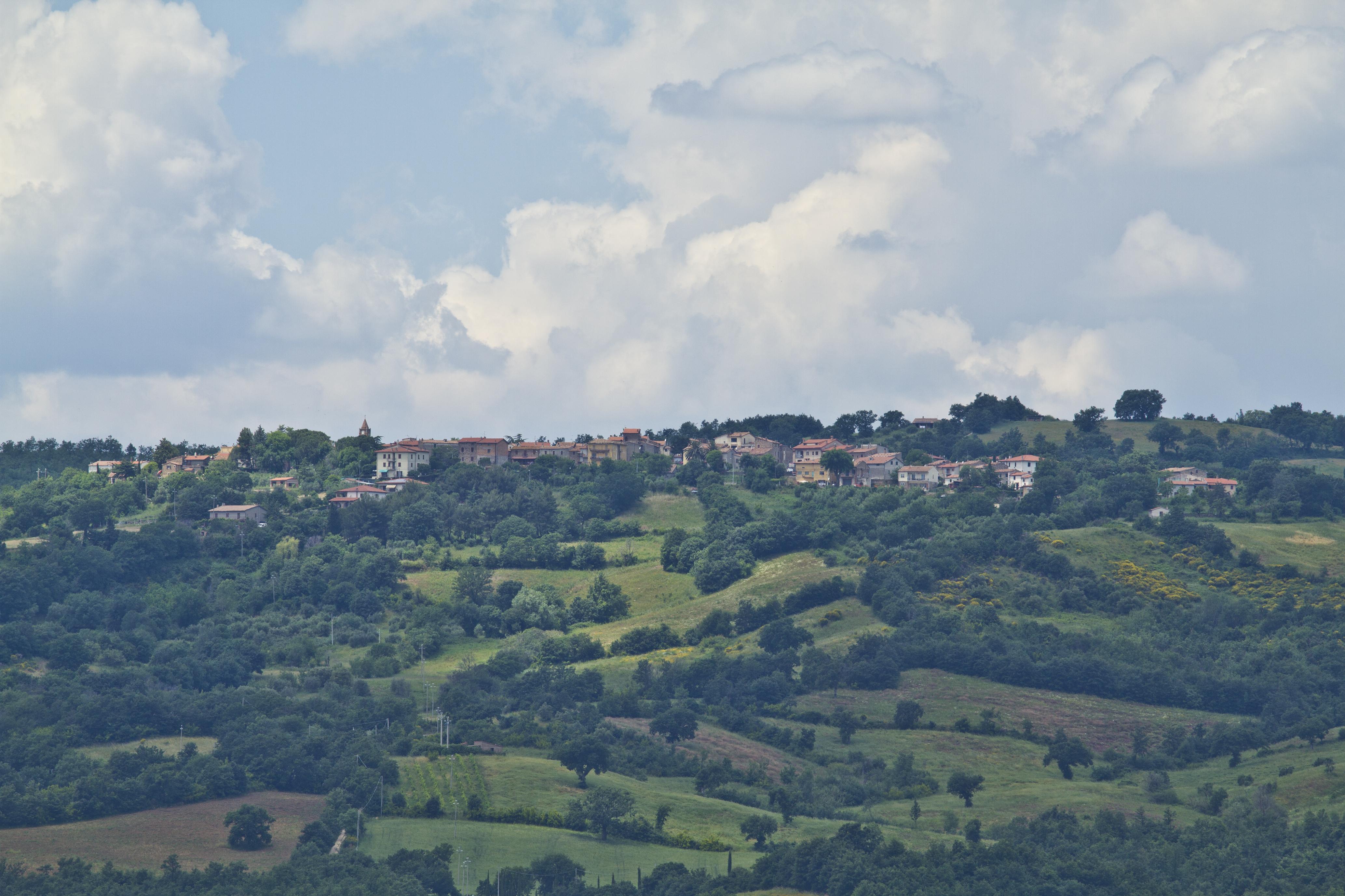 sorano italian hill town