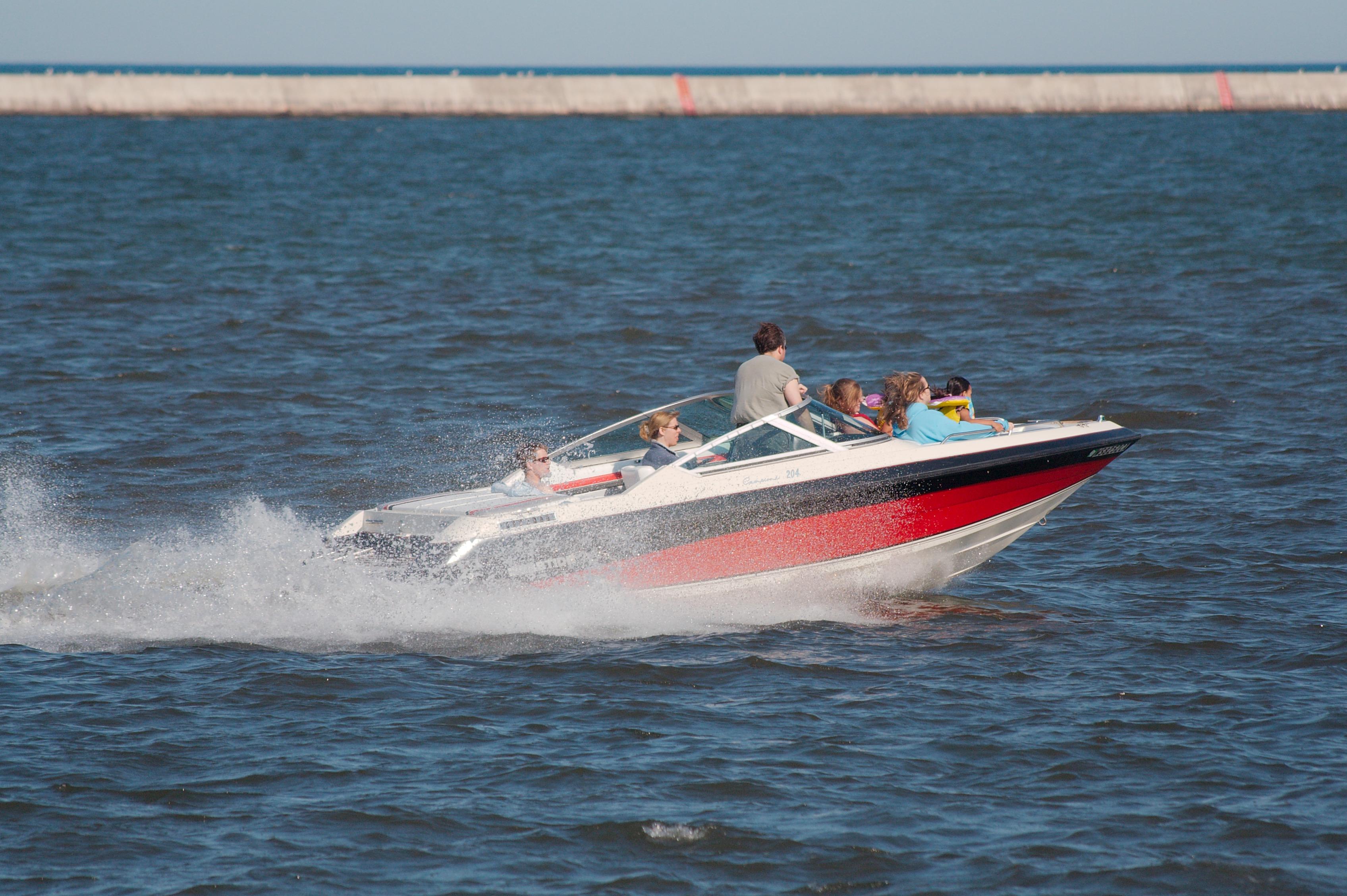 Datei Speedboat Wikipedia