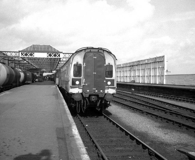 File:Stranraer station - geograph.org.uk - 1522203.jpg