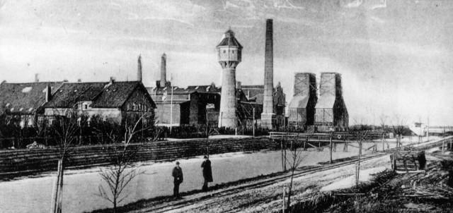 File:Torfkraftwerk Wiesmoor 1910.jpg
