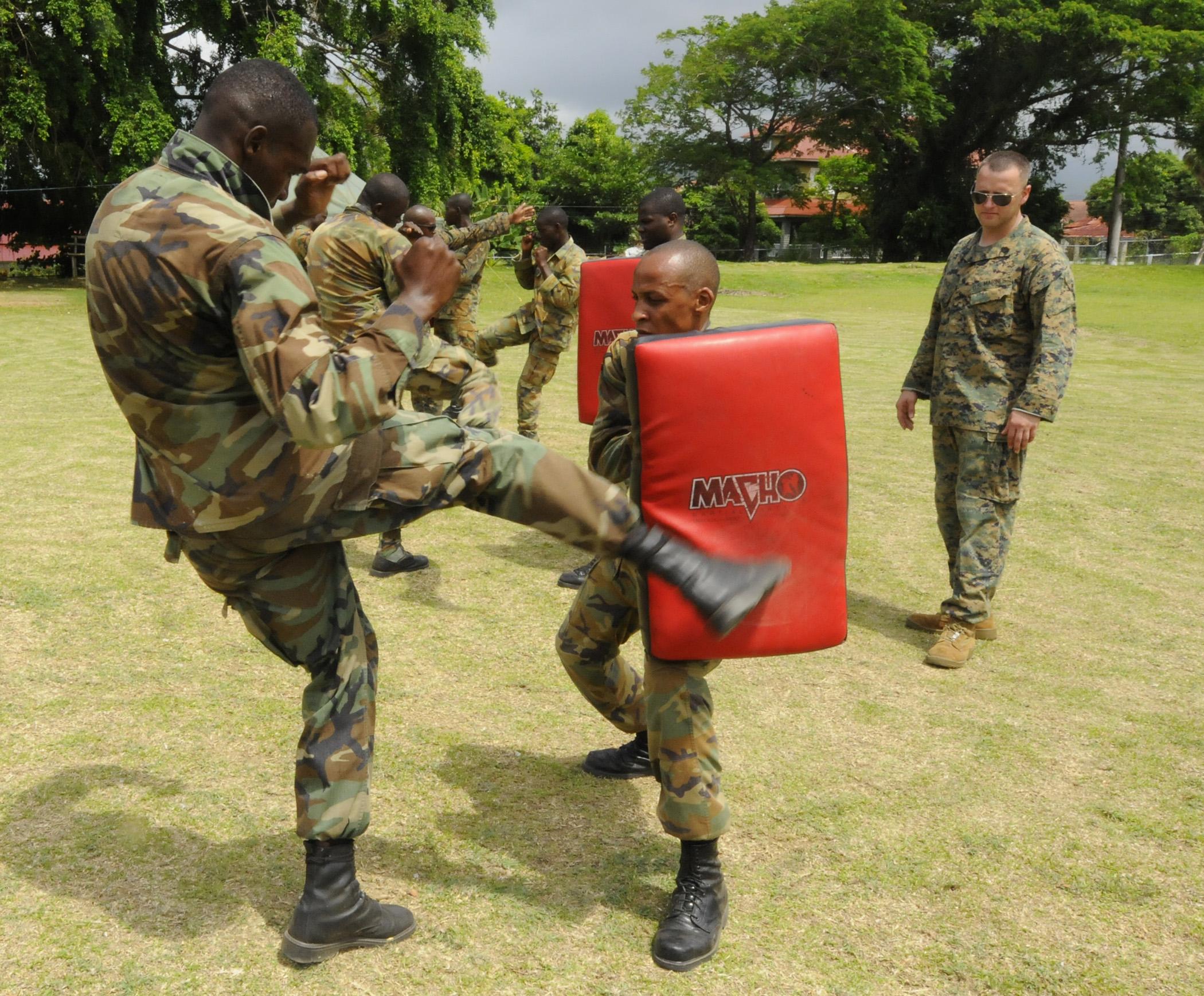File Us Navy 100511 N 9643w 141 Members Of The Jamaica
