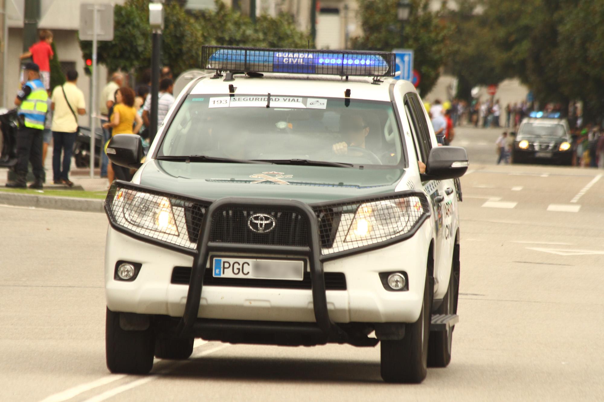 File Un Toyota Land Cruiser De La Guardia Civil