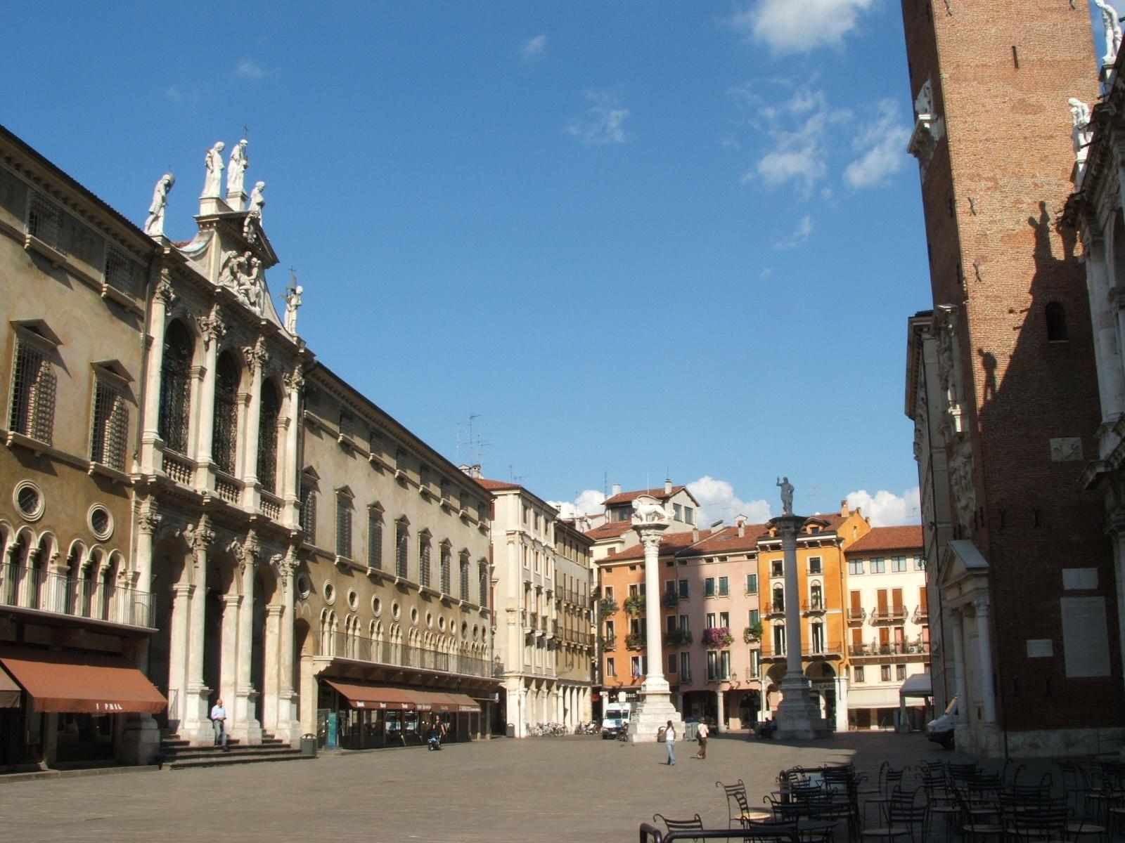 Vicenza Italy  City pictures : Piazza dei Signori, Vicenza | Italy | Pinterest