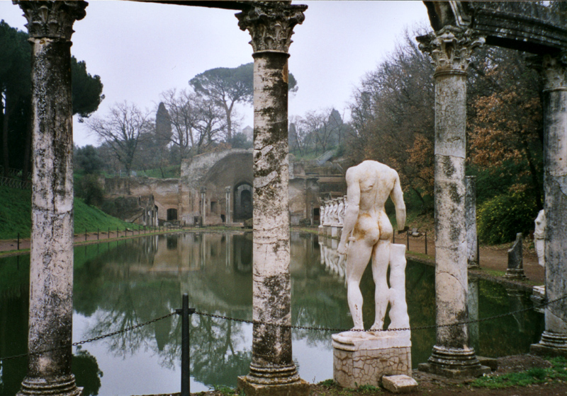 File:Villa adriana canopos.jpg