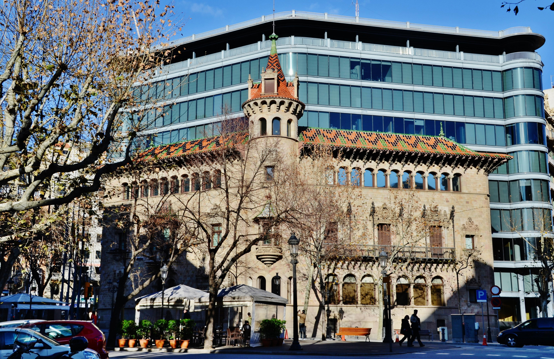 File wlm14es casa modernista can serra i actualment seu - Casas modernistas barcelona ...