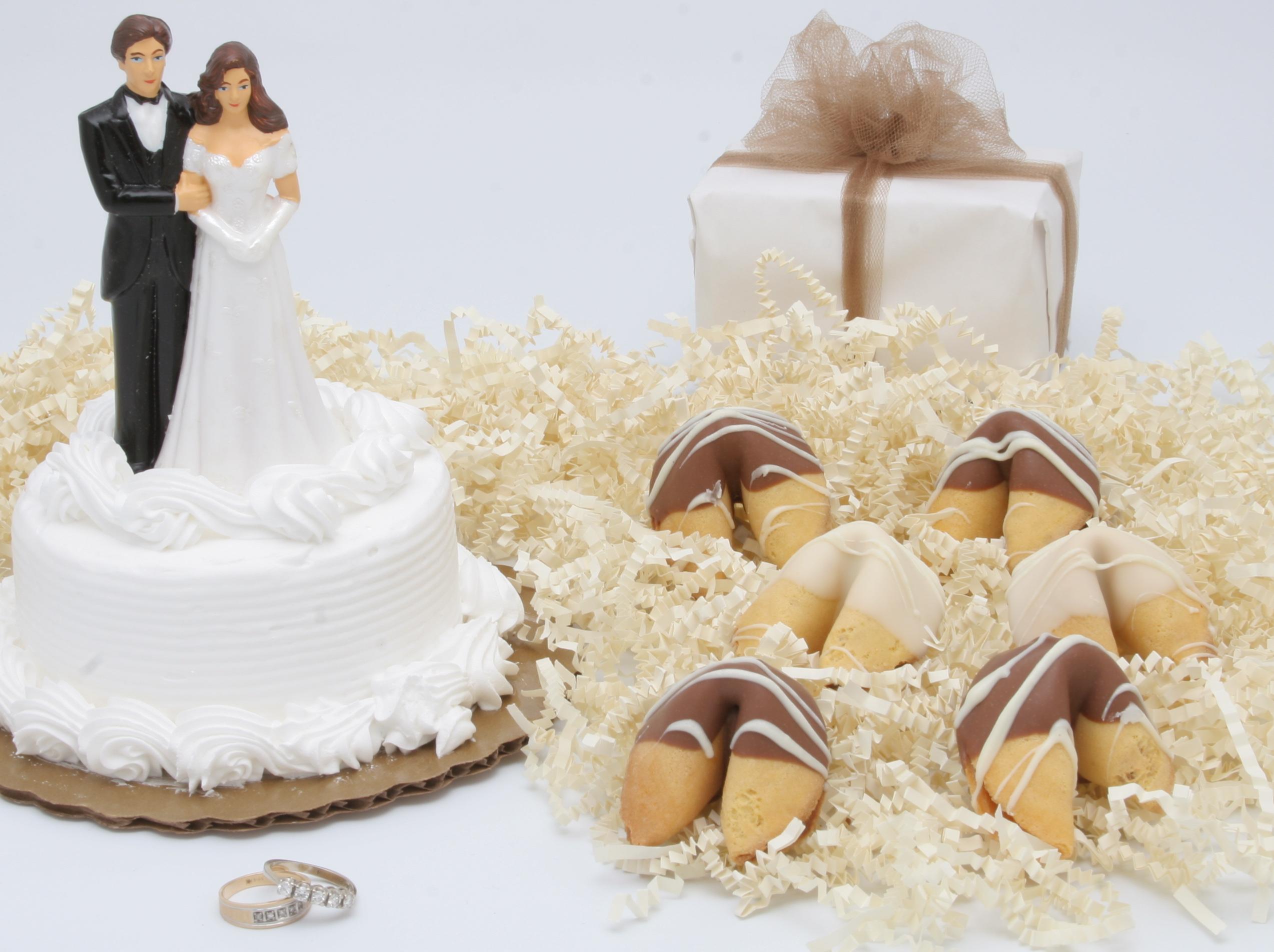 File:WeddingFortuneCookies.jpg - Wikimedia Commons