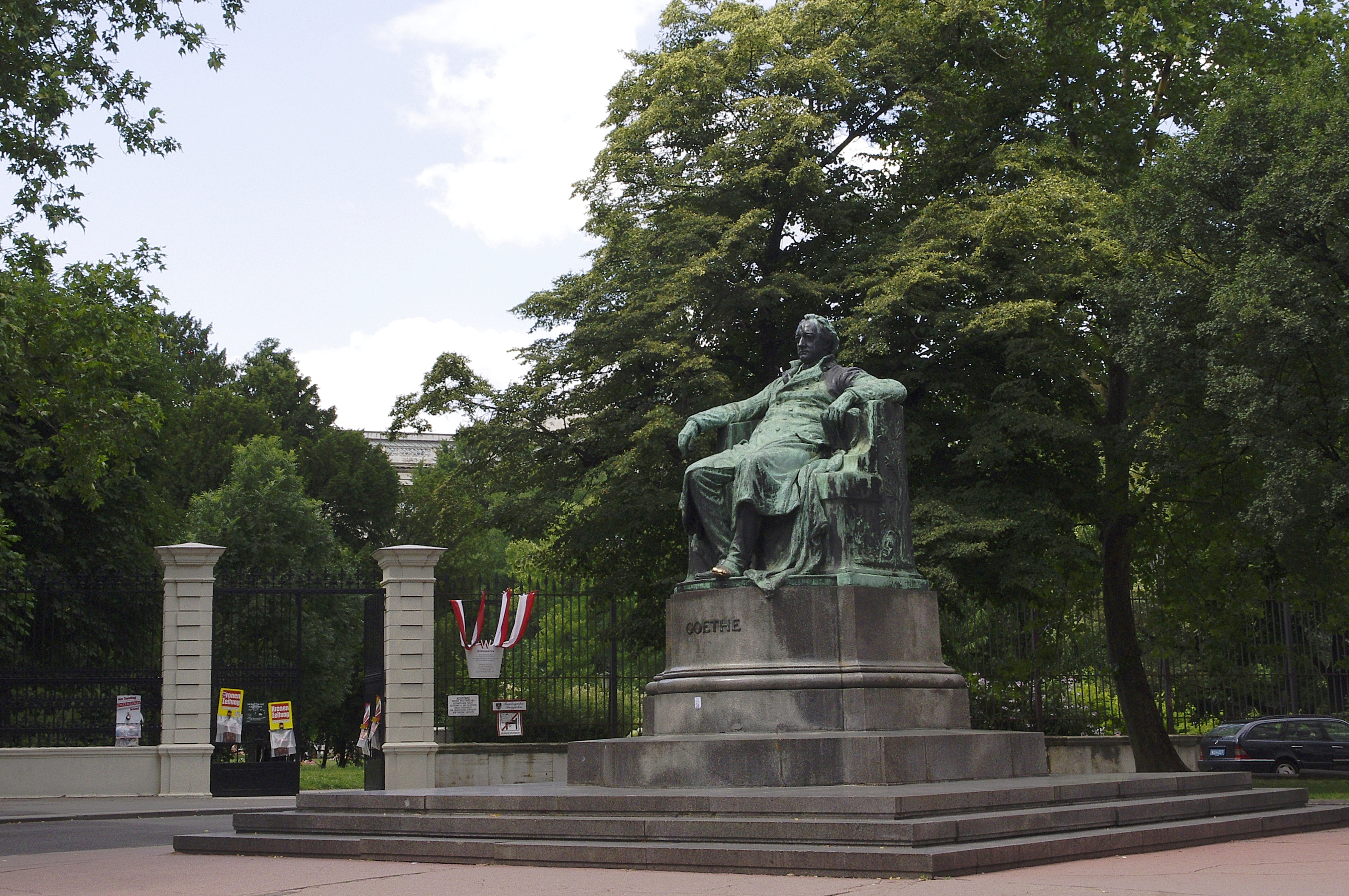 Imagini pentru Goethe Denkmal Wien
