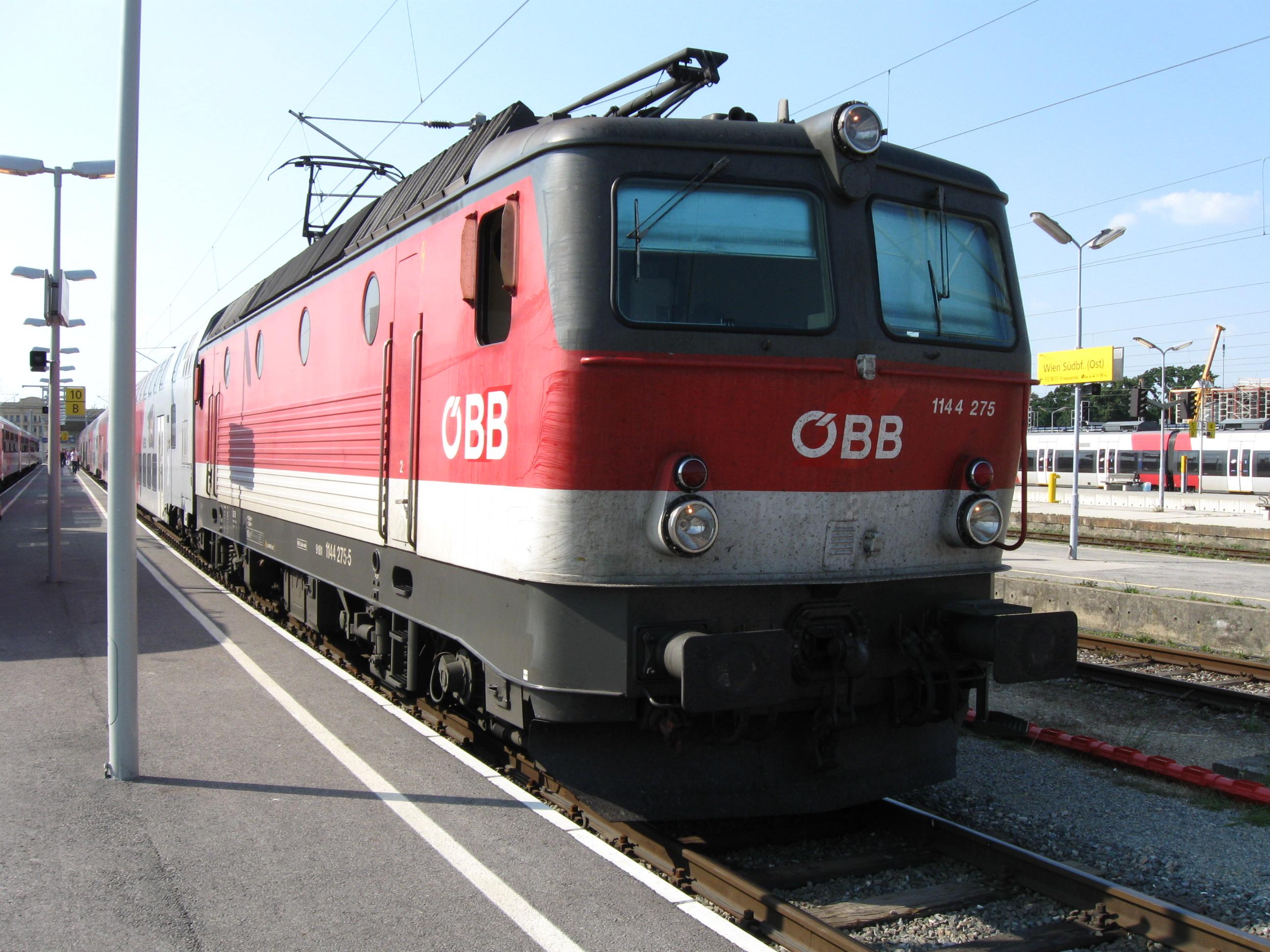 File:ÖBB 1144 275.jpg