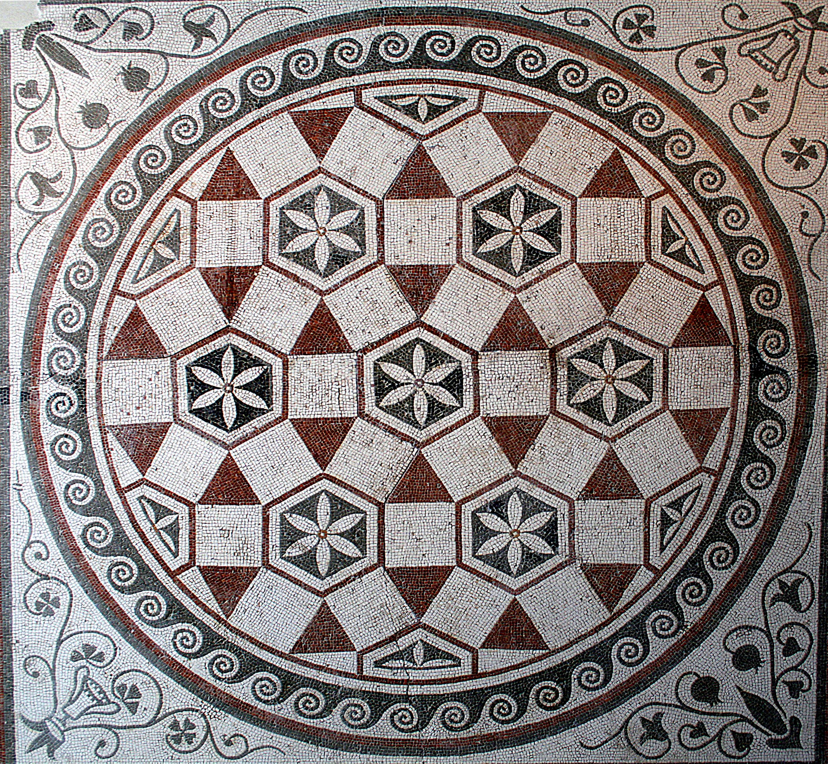 File 0 mosa que de sol g ometrique pal massimo rome jpg wikimedia commons - La villa romaine antique ...