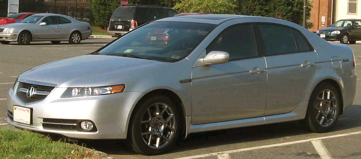 https://upload.wikimedia.org/wikipedia/commons/2/2f/2007-Acura-TL-Type-S.jpg