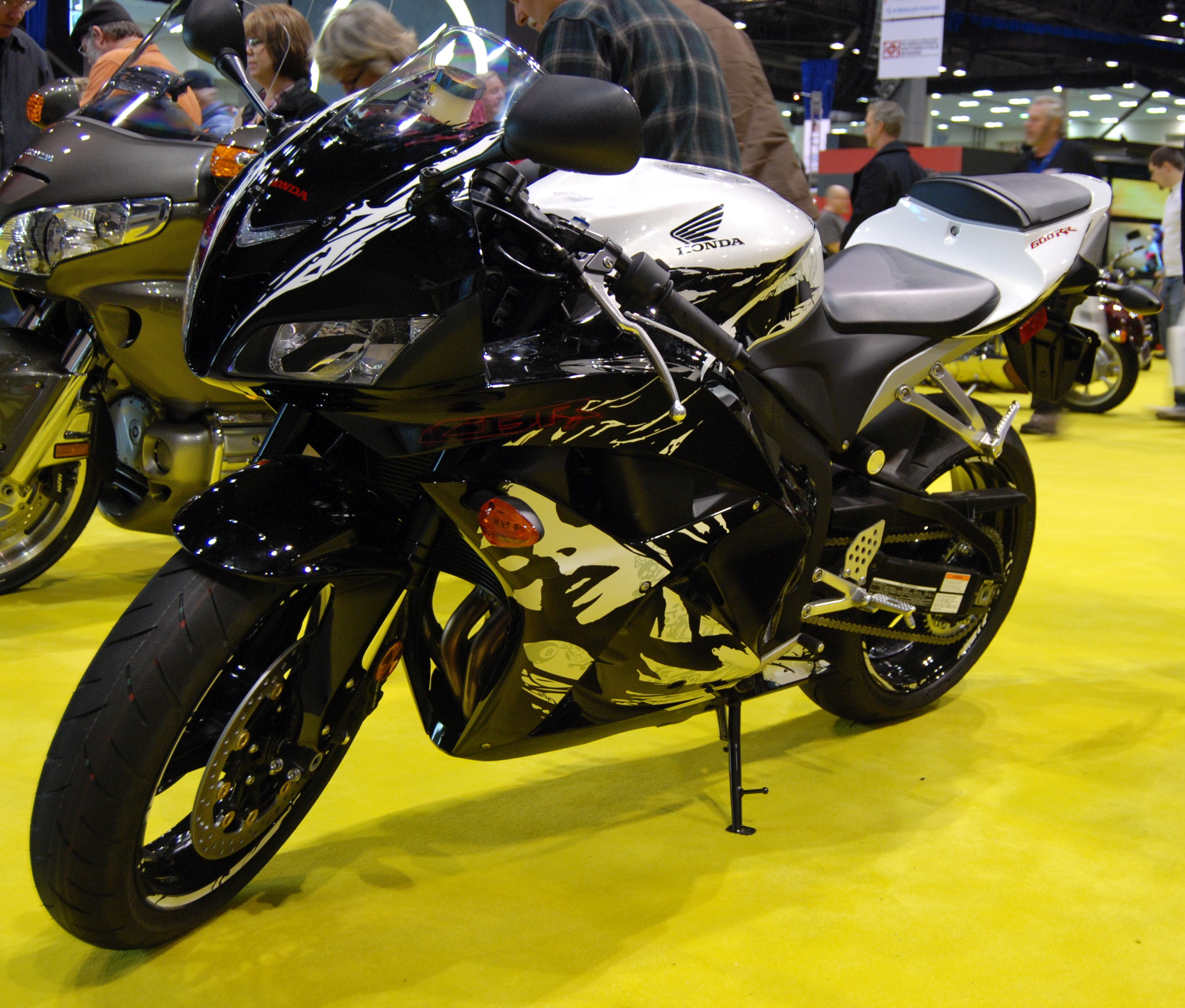 Delicieux File:2010 Honda CBR600RR At The 2009 Seattle International Motorcycle Show  1