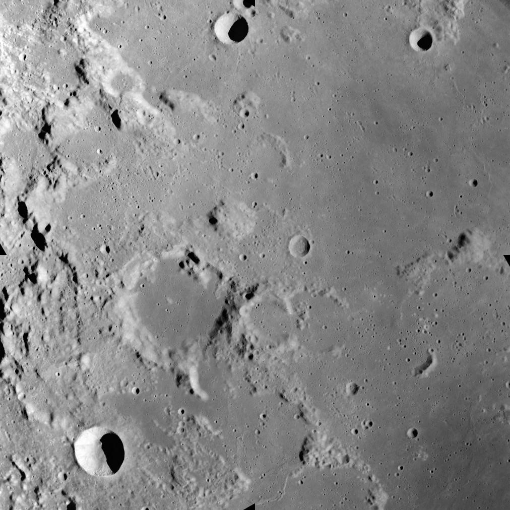 AS17-M-0443.jpg