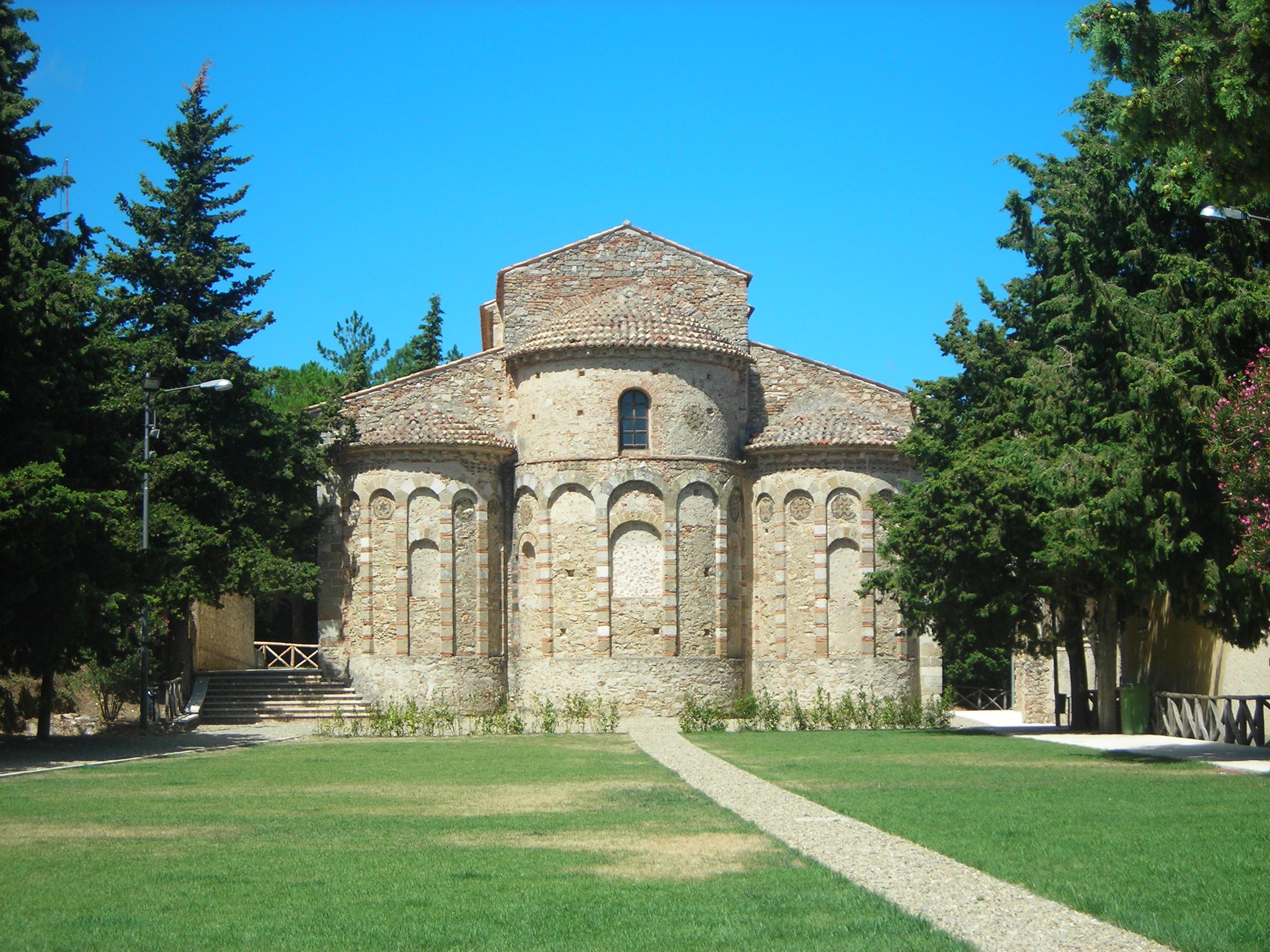 Abbazia di Santa Maria del Patire - Wikipedia