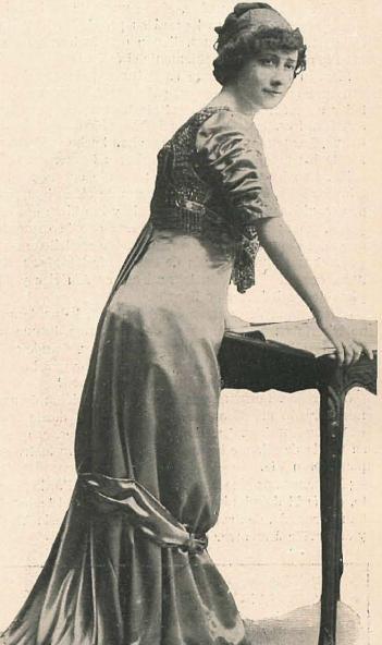 Archivo:Adela Carbone.JPG