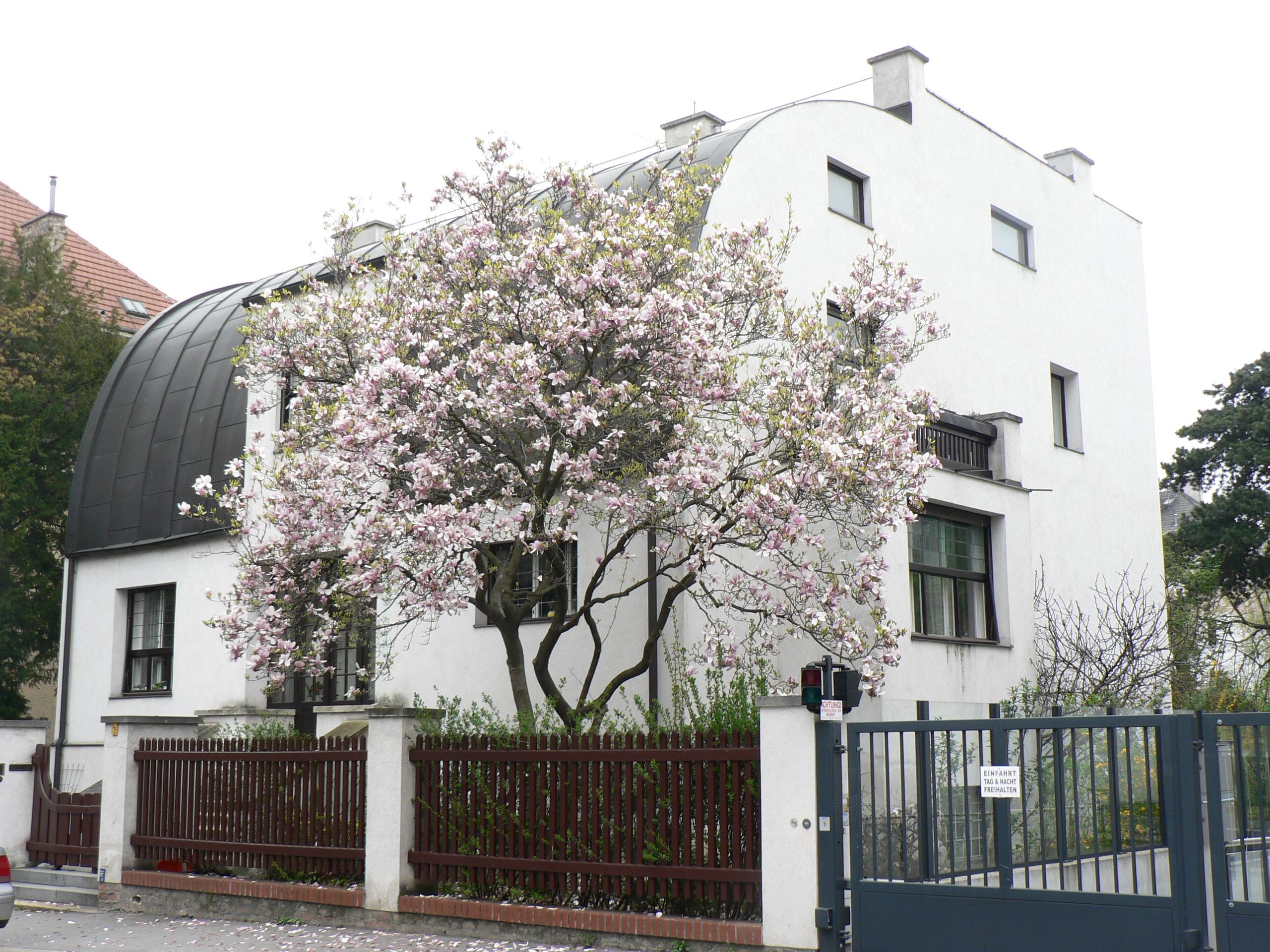 Villa A St Julien De Raz Pour Soiree
