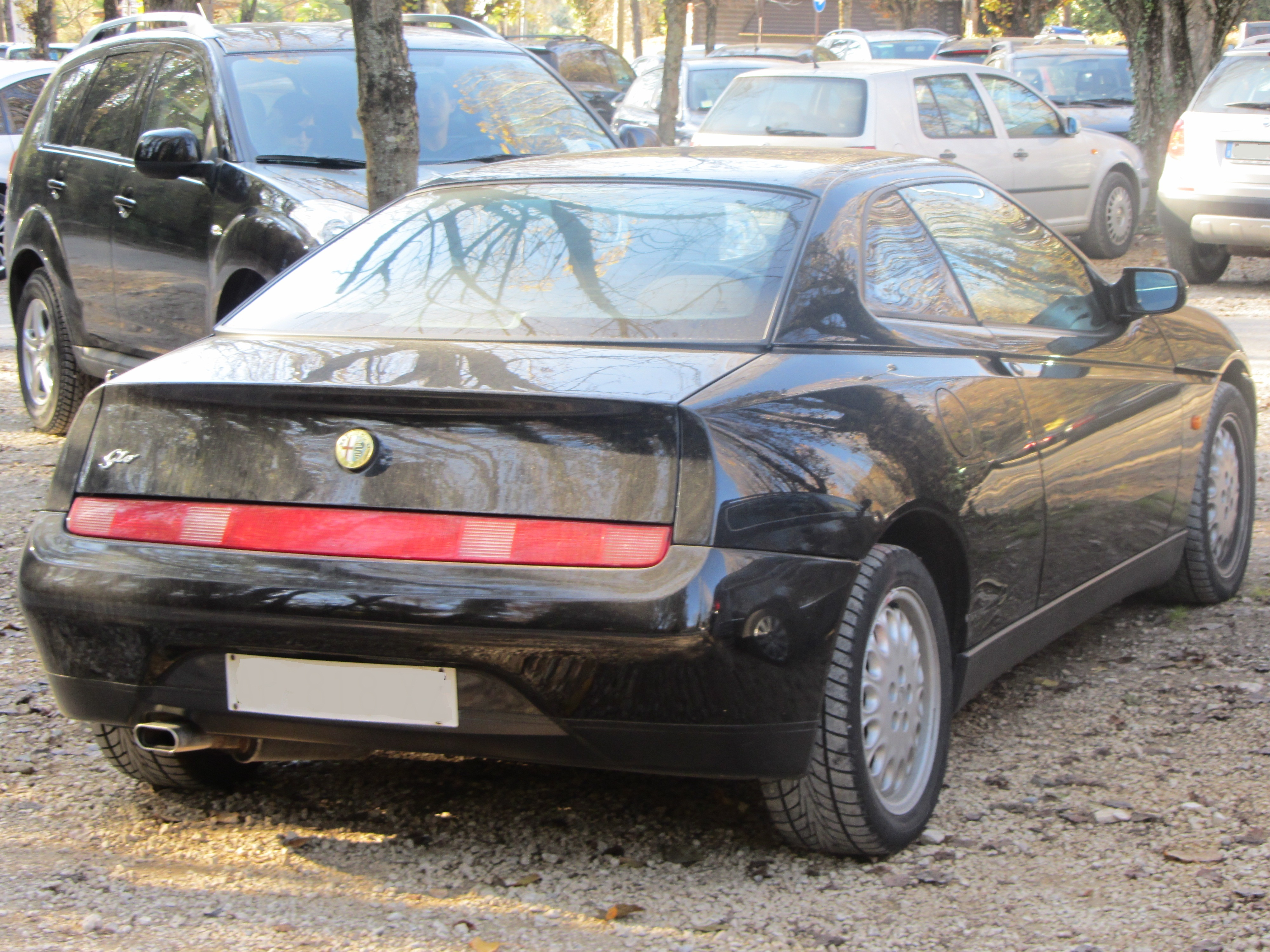 File Alfa Romeo Gtv Al Safari Verona Park Jpg Wikimedia