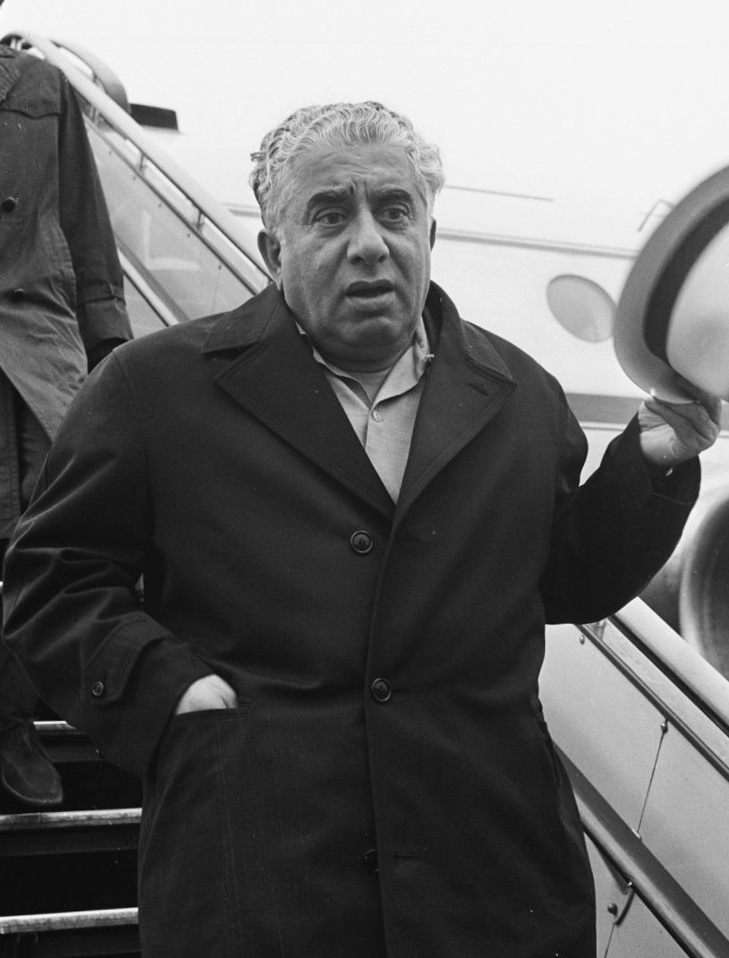 http://upload.wikimedia.org/wikipedia/commons/2/2f/Aram_Khachaturian_1964.jpg
